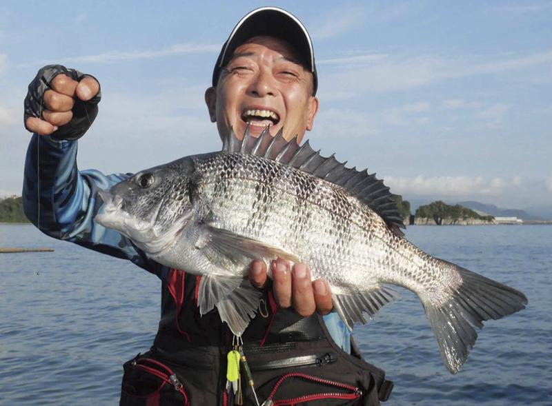 幸せをかき集めた笑顔の田中さん。優勝を手にしたぞー!!